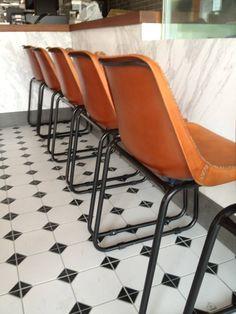 #皮質餐椅-1% Bakery烘焙咖啡廳