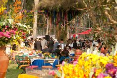 This wedding in Lima Peru is colorful and full of wonderful decorations for the long day of celebrations. Peru Wedding, Diy Wedding, Wedding Flowers, Wedding Ideas, Wedding Thanks, Destination Wedding Locations, Letterpress Wedding Invitations, Wedding Ceremony Decorations, Travel Themes