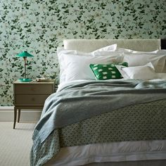 Mint green floral bedroom | Modern decorating ideas | Homes & Gardens | Housetohome