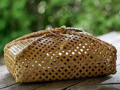 Ideas Basket Bamboo Texture For 2019 Flax Weaving, Bamboo Weaving, Basket Weaving, Bamboo Box, Bamboo Basket, Rattan, Wicker, Bamboo Texture, Japanese Packaging