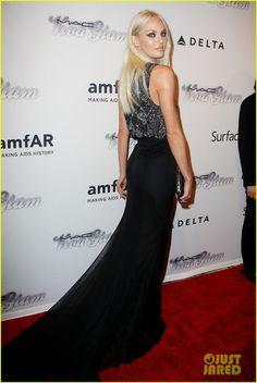 Candice Swanepoel - amfAR i LOVE candice's new platinum blonde look