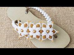 Gisele, Crochet Earrings, Decoration, Jewelry, Pearl Embroidery, Flip Flop Decorations, Decorated Flip Flops, Flip Flop Craft, Beautiful Sandals
