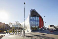 The Curve, Slough, 2017 - bblur architecture
