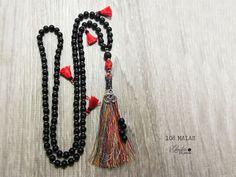 SKULL MALA BEADS, 108 mala beads, black mala prayer, prayer beads, tassel necklace, mala yoga necklace, yoga meditation beads, unisex gift di Laboratorio7Bijoux su Etsy