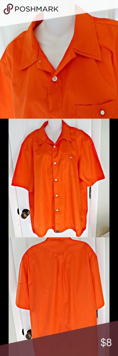 ❤️ HP ❤️ Men's XL Orange Casual Short Sleeve Shirt O'Neill Short Sleeved Shirt, orange, with white shirt buttons.  There is a front pocket with button detail.  This is gently worn, with no defects. O'Neill Shirts Casual Button Down Shirts