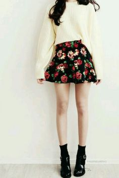 Sweater skirt floral