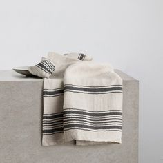 Turkish Tea Towels - Black Stripe - CULTIVER -Australia Turkish Tea, Cotton Texture, Apartment Kitchen, Bedroom Sets, Tea Towels, Black Stripes, Australia, Pure Products, Dining