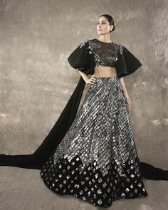 A mermaid-cut lehenga or a flared lehenga? Make the right outfit decision while browsing through our list of new lehenga collection by top 5 designers. New Lehenga, Raw Silk Lehenga, Black Lehenga, Lehenga Choli, Lehenga Wedding, Manish Malhotra Bridal, Manish Malhotra Lehenga, Sabyasachi, Manish Malhotra Collection