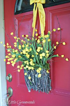 Best Diy Crafts Ideas For Your Home : Spring Wreath Ideas  How to Make a Branch Basket Wreath! Create your own with g