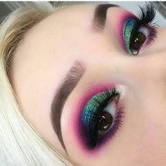 Make Up; Make Up Looks; Make Up Augen; Make Up Prom;Make Up Face; Makeup Eye Looks, Cute Makeup, Glam Makeup, Pretty Makeup, Makeup Inspo, Makeup Inspiration, Makeup Light, Makeup Ideas, Makeup Set