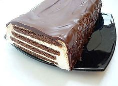 """Cake without baking """"Striped"""". This cake is very tasty, cooked very simply! Delicious Desserts, Yummy Food, Something Sweet, Chocolate Cookies, Yummy Cakes, No Bake Cake, Food Photo, Sweet Recipes, Sweets"""