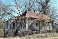 Cuthbert GA Randolph County Vernacular Architecture Hip Tin Roof House Abandoned Rural Southern Decay Pictures Photo Copyright Brian Brown Vanishing South Georgia