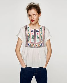 ZARA - COLLECTION AW/17 - TOP WITH EMBROIDERED LEAVES