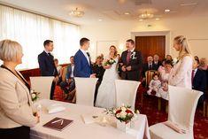 Von der standesamtlichen Trauung bis zur Hochzeitsnacht - alles aus einer Hand Bridesmaid Dresses, Wedding Dresses, Hotel Stefanie, Table Settings, Elegant, Concept, Wedding Night, Bow Wedding, Civil Wedding