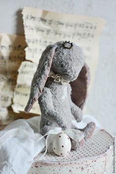 Купить Пасхальная заинька - бледно-сиреневый, Пасха, пасхальный сувенир, пасхальный подарок, пасхальный декор, Easter bunny, Easter, Пасха, подарок на Пасху.