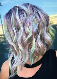 Pastel Rainbow Highlights Trends for 2018. Looking for most charming hair colors combinations to make you look more hot and sexy? See here out top collection of beautiful pastel rainbow collection to show off nowadays. Fashionable and modern ladies who are looking for contemporary shades of hair colors right now they can visit this age to get best ideas of pastel hair colors. We earlier we assure you for modern hair colors looks if you exactly follow these fantastic hair colors trends in…