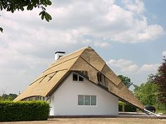 1000 Images About Roofs On Pinterest Green Roofs Kengo