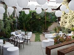 a backyard like this could be the perfect venue for any party