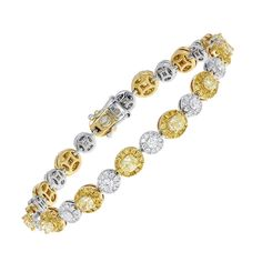 a0bd4ffc45a 7.53 Carats of Natural Yellow and Colorless Diamond Bracelet