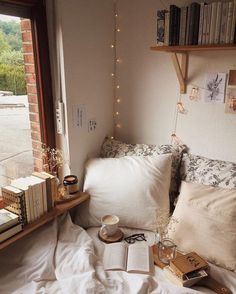 modern bed room decor ideas on a budget; bed room decor ideas rustic decor cozy 75 Romantic Bedroom Decor Ideas With Plant Theme Romantic Bedroom Decor, Home Decor Bedroom, Modern Bedroom, Contemporary Bedroom, Bedroom Ideas, Budget Bedroom, Bedroom Curtains, Bedroom Classic, Bedroom Vintage