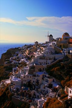 Oia Caldera, Santorini, Greece... oh   Greece. I promise I will see how beautiful you really are and how much history   you hold some day.