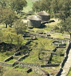 Citânia de Briteiros (iron age, 2000/1000 b.c.e) @ Guimarães - Portugal