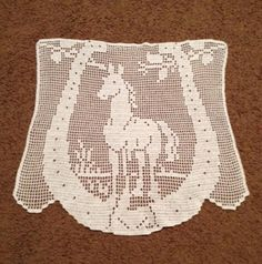 Vintage filet crochet horse pattern doily scarf by craftnontheside