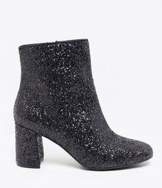 29 melhores imagens de BOOTS   Boots, Shoes e Beautiful shoes 159b4a00b3
