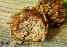 Parjoale la cuptor Bread, Food, Meals, Breads, Bakeries, Yemek, Patisserie, Eten