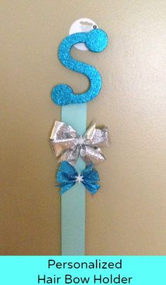 Personalized DIY Frozen inspired hair bow holder