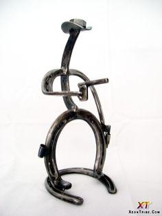horseshoes   Amazing Horseshoes Sculptures Horseshoe Sculpture 21 Modern Art Design ...