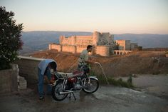 On a hill overlooking Krak des Chevaliers, in Syria. From www.kennethjarecke.com