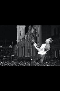 PABLO ALBORAN SPANISH SINGER