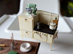 1920's Miniature Stove - Dollhouse Miniature | Flickr - Photo Sharing!