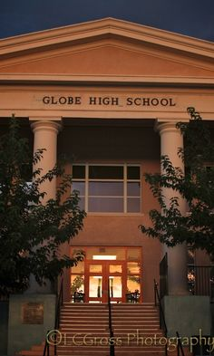 strip Globe az