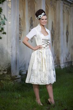 Hochzeitsdirndl München _ Dirndl Liebe 1399€ Bild 9066a_RIC