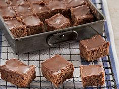 chocolate-fudge-squares