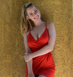 Paige Spiranac - Most Beautiful Girls Best Instagram Photos, Gorgeous Blonde, Ladies Golf, Lady In Red, Sexy Women, Celebs, Female, Beautiful, Golfing Outfits