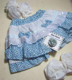 Calcinhas short diversas cores, confeccionada em tecido algodão bobilene, com bordado inglês e entremeio com fita. Tamanho de 0 a 2 anos. R$ 17,90