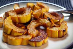 Roasted Delicata Squash by summertomato: Better than butternut, delicata squash are a cinch to clean, cut and cook, making them any winter squash lover's dream. #Delicata_Squash