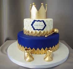 Little Prince Crown Baby Shower Cake - Kinder Torten - Baby Shower Royal Baby Shower Theme, Baby Shower Cakes For Boys, Boy Baby Shower Themes, Baby Boy Shower, Baby Shower Decorations, Prince Themed Baby Shower, Prince Baby Showers, Royal Baby Party, Balloon Decorations