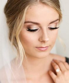 Beautiful wedding makeup looks like after your big day ★ See more: … – Make Up Wedding Makeup For Brown Eyes, Wedding Makeup Tips, Natural Wedding Makeup, Bridal Hair And Makeup, Wedding Hair And Makeup, Wedding Beauty, Hair Wedding, Bridal Makeup For Blue Eyes Blonde Hair, Bridesmaid Makeup Natural