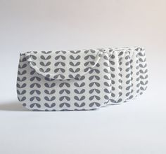 Set of 5 Grey Floral Bridesmaid Clutches Purse by SheetaDesign