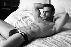I would never leave his bed ;-)