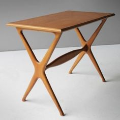 Side table from the forties by Gio Ponti for Domus Nova