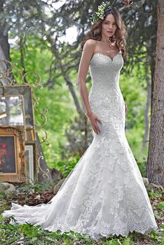 Full size wedding dress