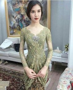 38 ideas fashion dresses photography models for 2019 Kebaya Modern Hijab, Model Kebaya Modern, Kebaya Hijab, Kebaya Brokat, Dress Brokat, Kebaya Muslim, Vera Kebaya, Kebaya Lace, Kebaya Dress