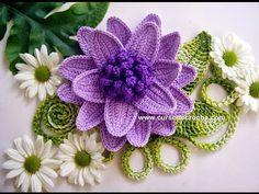"""Edinir-Croche ensina flores em croche 042 respolhuda parte 1. INSCREVA-SE: http://www.youtube.com/edinircrochevideos COMPRE O SEU DVD AQUI: http://cursodecroche.com CURTA NO FACE: http://www.facebook.com/cursodecroche COMENTE NO NO SITE: http://www.edinir-croche.com CONTATO: edinir.croche@globo.com """"QUALQUER HORA É HORA DE INICIAR NA ARTE DO CROCHÊ"""" OBRIGADA PELA SUA COMPANHIA!"""