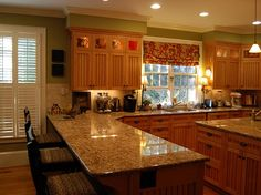 Kitchen bar and cabinets