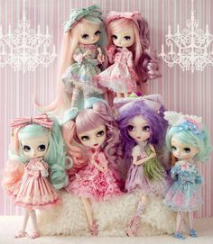 Pastel coloured dolls